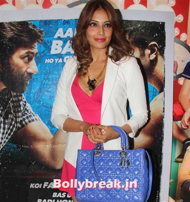 Bipasha Basu, Shilpa Shetty, Bipasha Basu at Dishkiyaoon Premiere