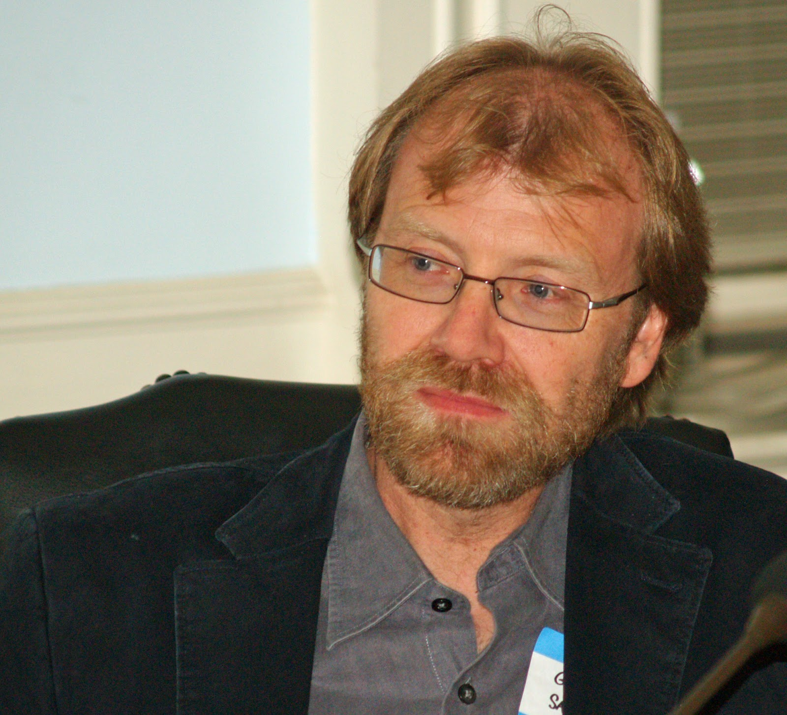 Photo of George Saunders. Source: http://upload.wikimedia.org/wikipedia/commons/0/0c/George_Saunders_by_David_Shankbone.jpg