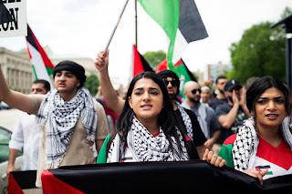 3 Orang Keturunan Palestina Paling Terkenal Di Dunia Hiburan
