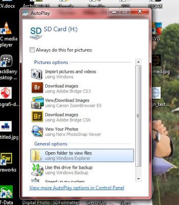 AutoPlay muncul otomatis ketika SD card sudah terbaca oleh komputer