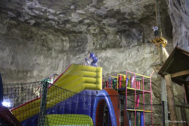 Salina Praid - sunt amenajate spaţii de joacã pentru copii şi un parc de aventurã - blog Foto-Ideea