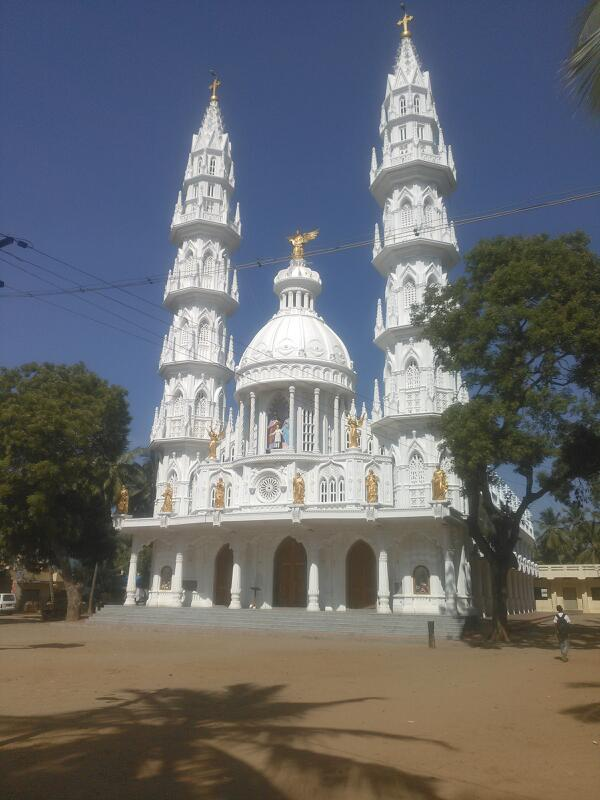 Tamilnadu Tourism: Holy Family Church, Ramanputhoor, Nagercoil