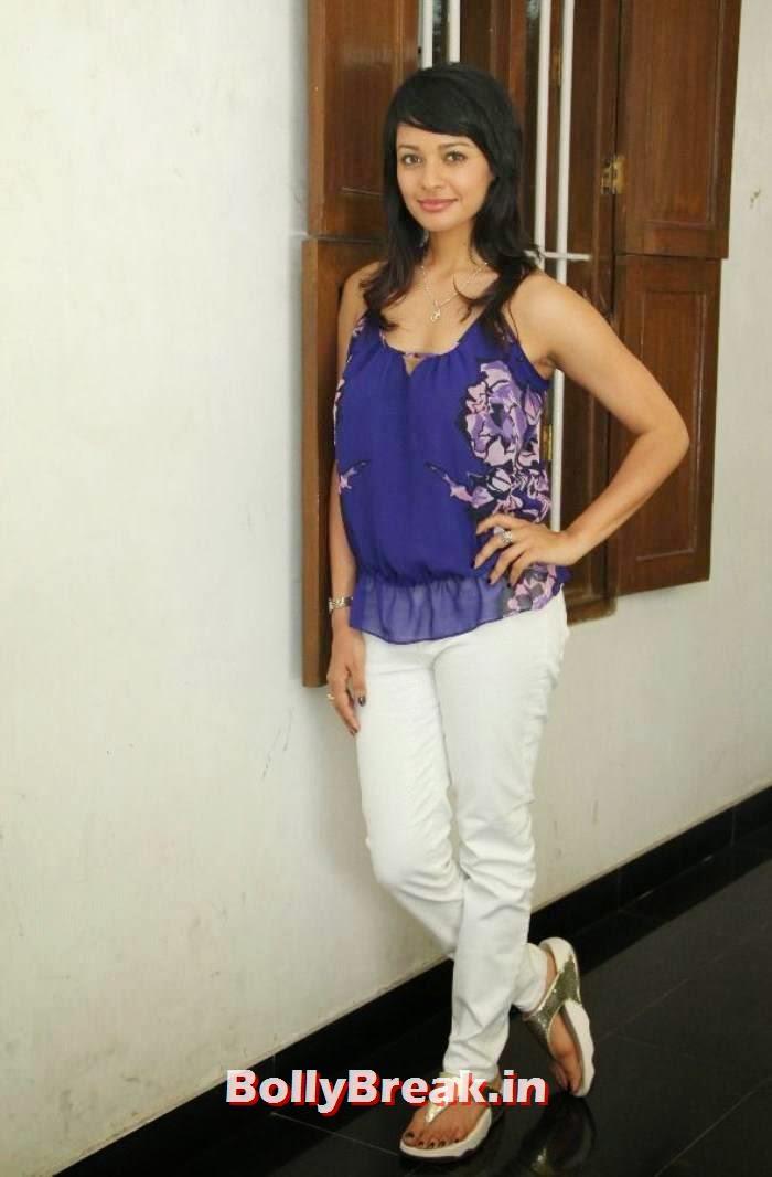 Pooja Kumar Stills, Pooja Kumar Latest hot photoshoot images in dress without sleeves
