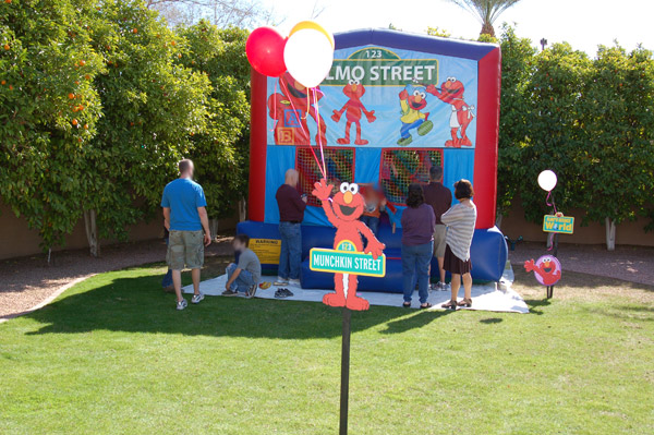 Elmos Bounce World Was Fabulously Easy We Simply Rented A Size Appropriate House 13x13 With An Elmo Banner Chad Created Great Signs To Tell