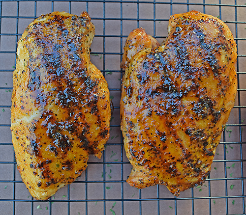 sriracha grilled chicken, how to grill chicken Kettleman