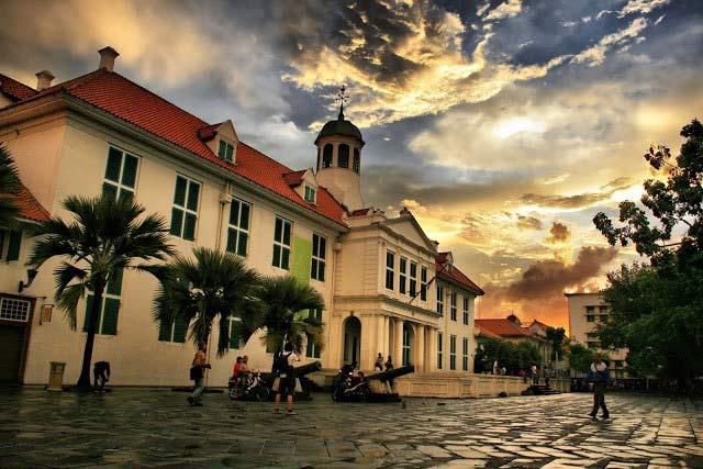 10 Kota Tertua di Indonesia