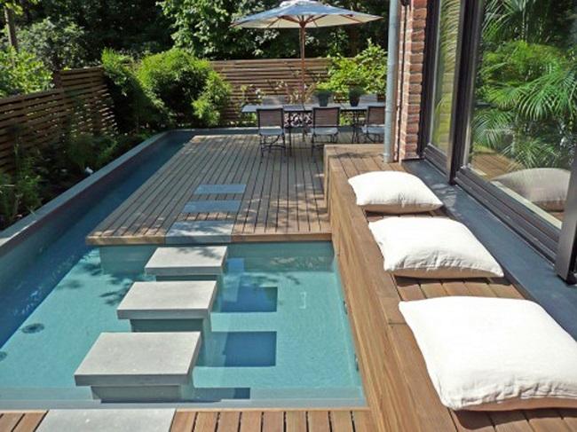 Piscinas privadas piscinas en patios de viviendas for Piscinas minimalistas