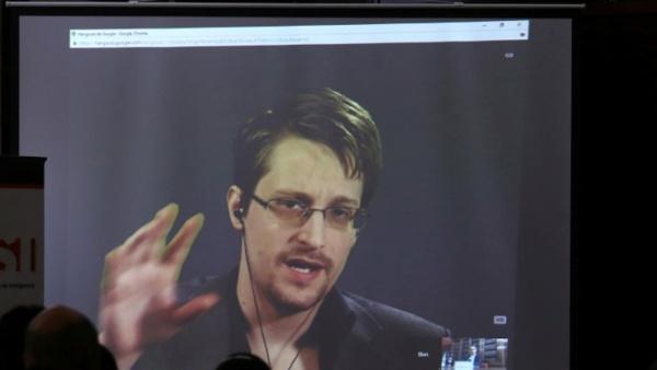 Inteligencia de EE.UU. pide terminar con exilio de Snowden