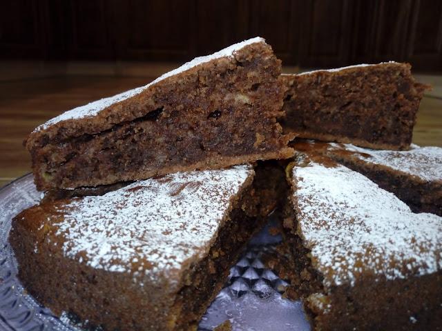 ciasto orzechowe z jablkami ciasto z orzechami wloskimi ciasto orzechowo jablkowe ciasto orzechowo kakaowe ciasto z jablkami szybkie ciasto z orzechow ciasto jada goscie