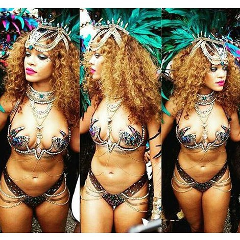 WDF!!! RIHANNA EXPOSED HER ENTIRE ASSETS IN REVEALING 'BIKINI' COSTUME