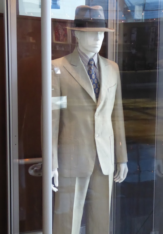 Brad Pitt Allied Max Vatan costume