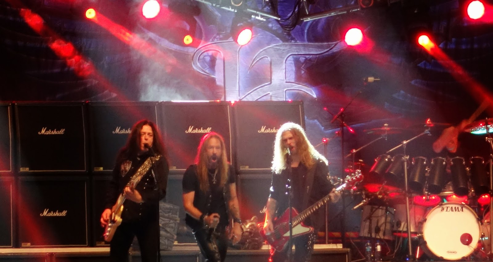 Kyuss sangare med sallskap