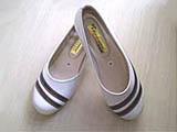 Sepatu wanita murah bergaris