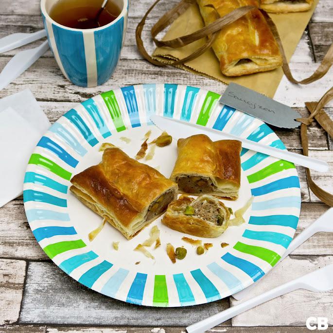 Kalfssaucijzenbroodjes met krokante pistachenootjes: ideaal voor je picknick!