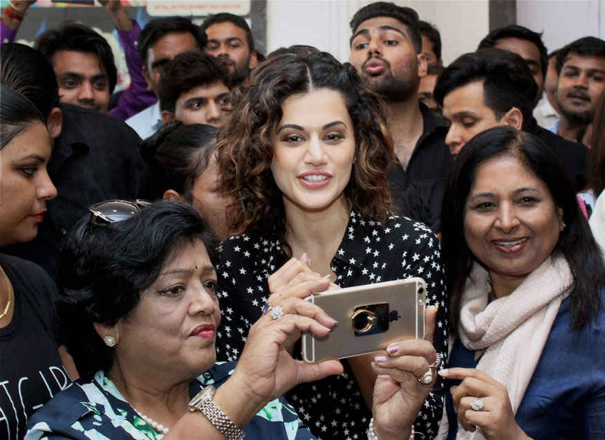 Tapsee Pannu Opening of Showroom at Red Mall In Ghaziabad