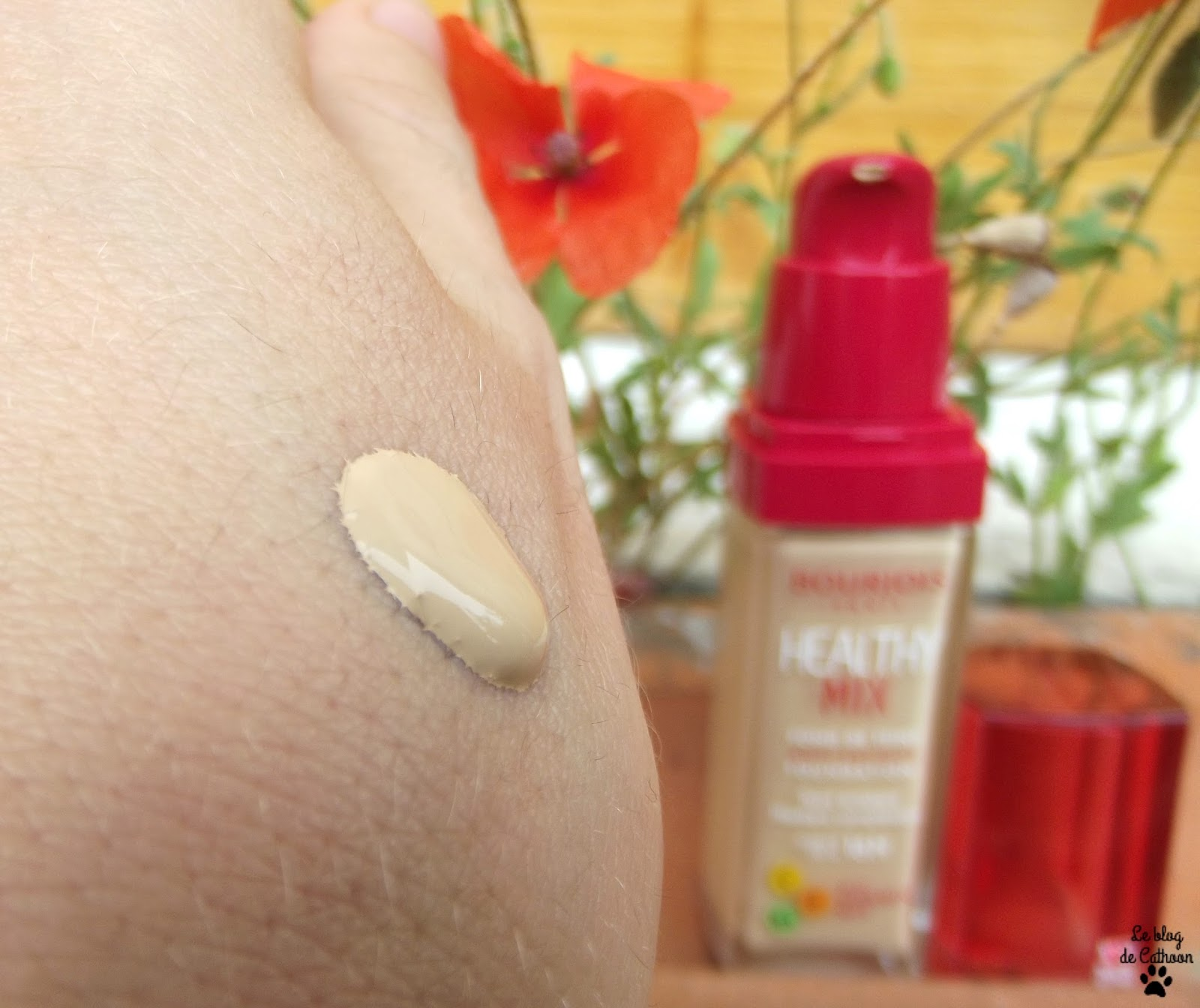 swatch beige clair bourjois fond de teint healthy mix