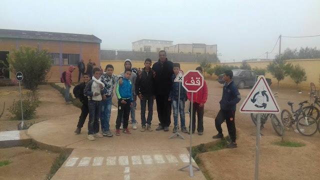 يوم تحسيسي حول السلامة الطرقية بمجموعة مدارس أولاد العافية