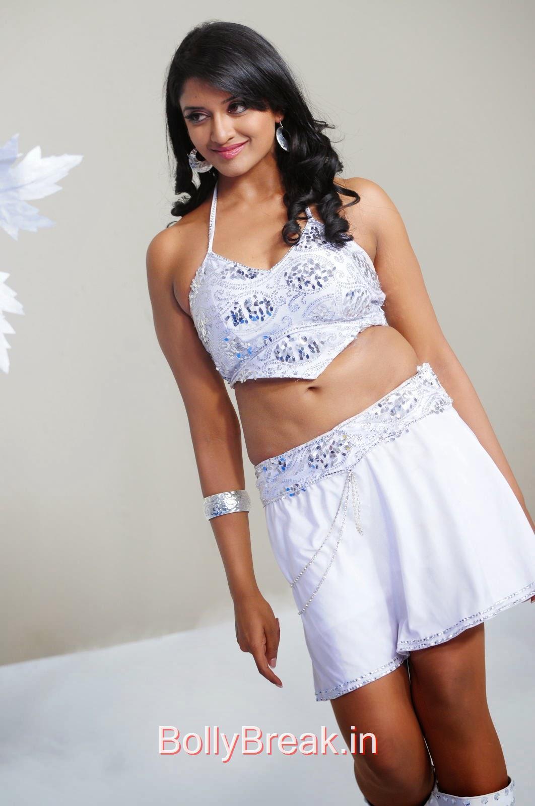 vimala raman hot navel show, Vimala Raman Hot HD Images In White Dress
