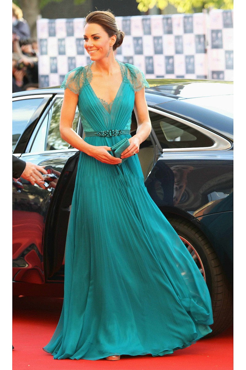 Hottest Evening Dress Styles 2017: Valentine\'s Day Special - Makeup ...
