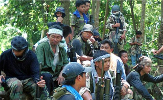 "Duterte sends troops to Sulu to ""seek out and destroy"" Abu Sayyaf"