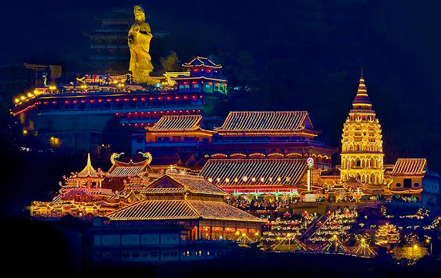 """Lek Lok Si là """"chùa nghìn Phật"""""""