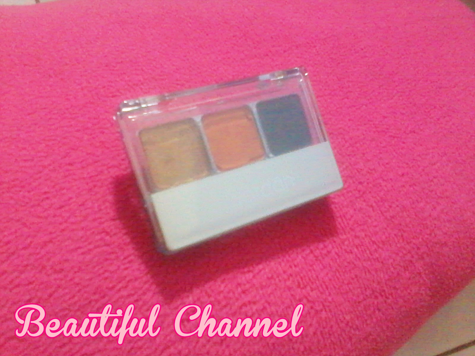 Beautiful Channel: Review: Wardah Eye Shadow (M)
