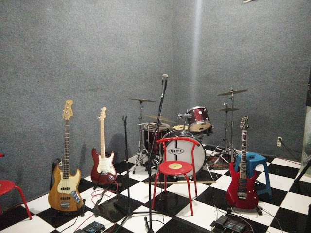 Studio Musik Aziri