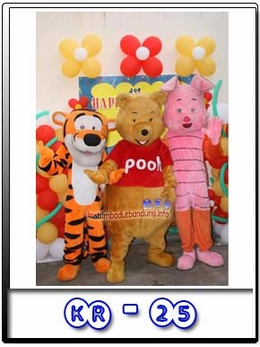 tiger badut pooh