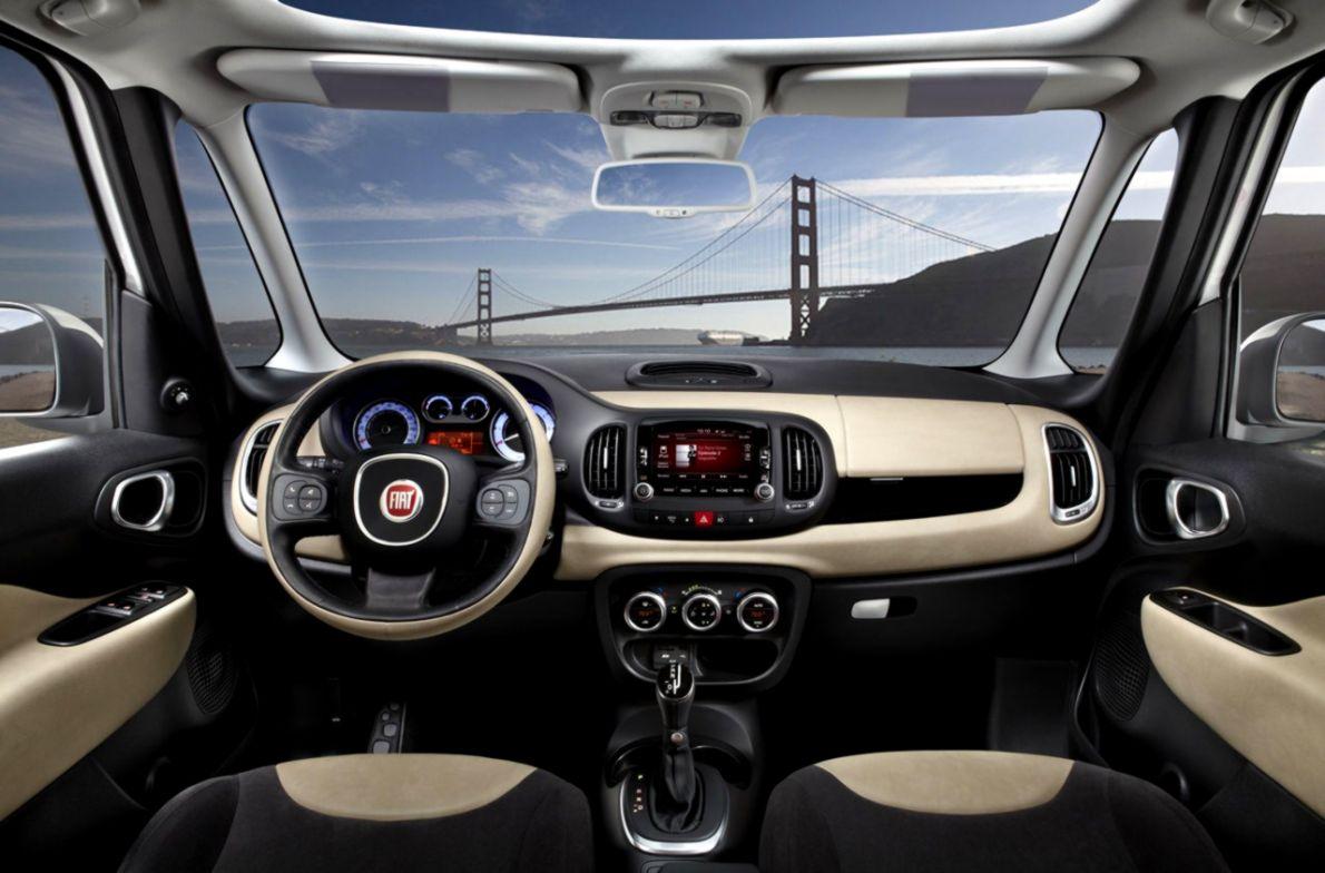 Interior Fiat 500l Opera Wallpapers