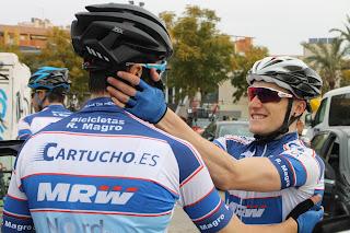 Compañeros ciclistas en Trofeo Guerrita