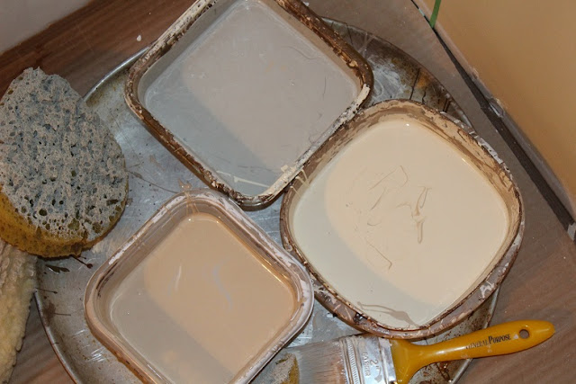 Choose 3 colors for faux painting