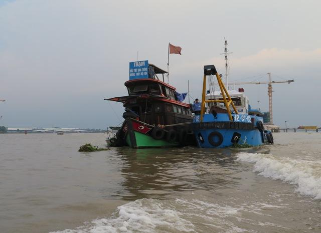 Chi cục đường thủy phía Nam : Cầu Hồng Ngự, An Long xuất hiện vùng nước xoáy nguy hiểm
