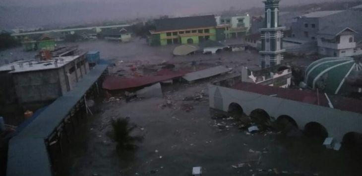Menyayat, Video Detik-detik sebelum Terjadi Tsunami, Warga Histeris Berlomba Cari Tempat Tinggi