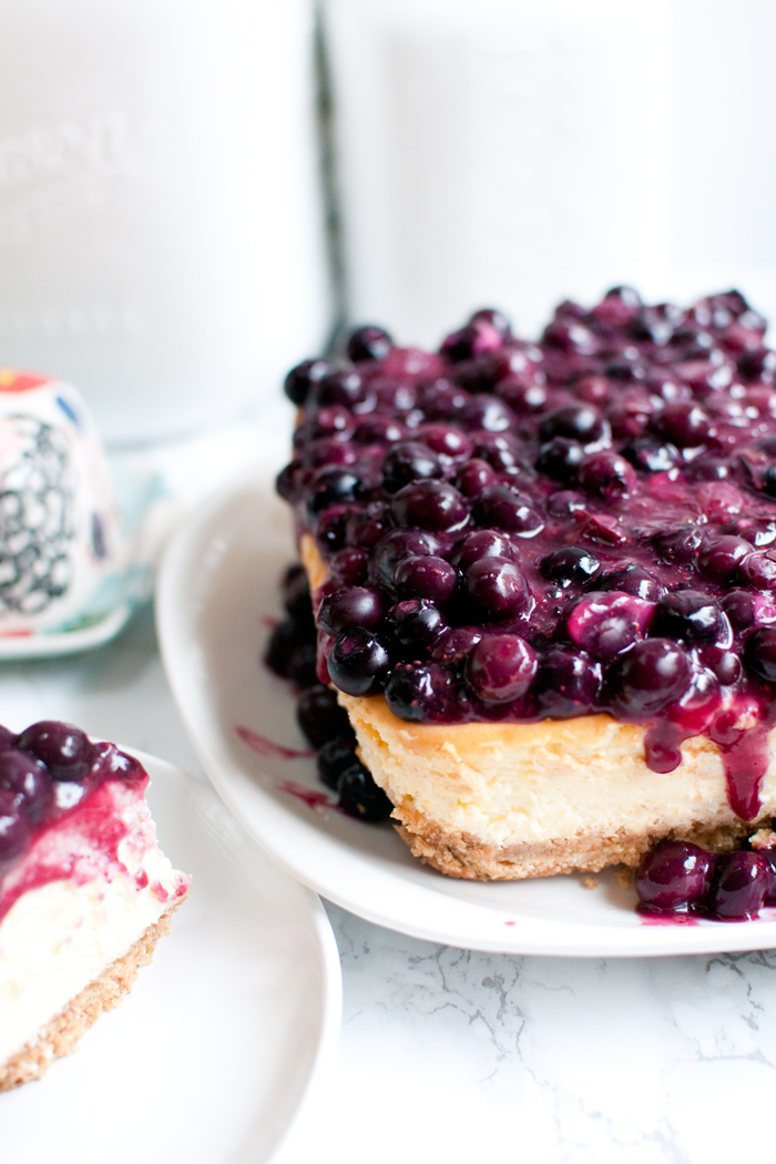 BIRTHDAY BLUEBERRY CHEESECAKE
