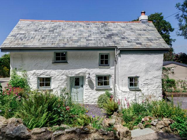 casa-1680-com-luxo-conforto