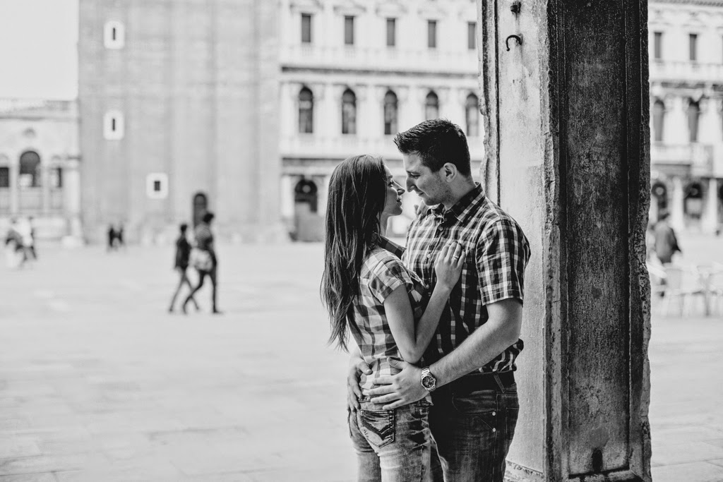 Engagement in Venice | Venice Engagement Wedding in Venice | Italy weddings Photographer,av-photography Venezia wedding photographer,Fotografo matrimonio Firenze, fotografo matrimonio Lago di Garda, international personal photographer for your proposal in Venice, holiday in Venice