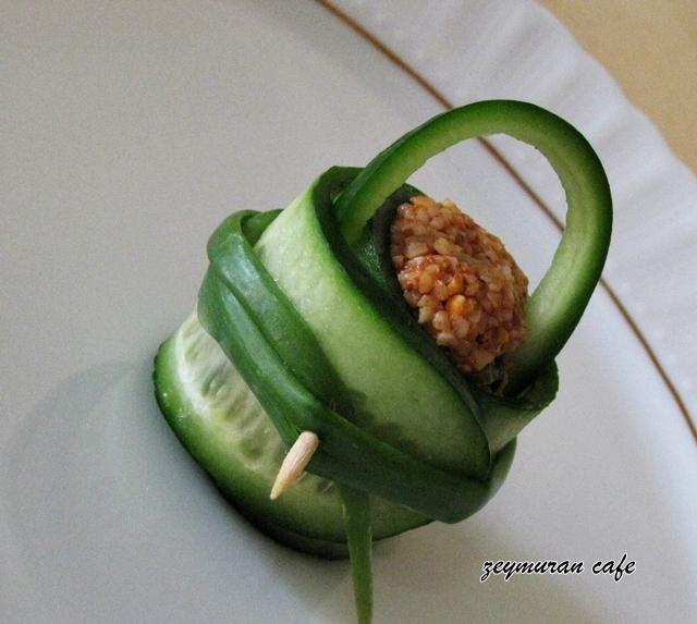salatalık sepetinde cevizli sebzeli kısır