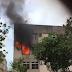 Incêndio em apartamento deixa avenida Amintas Barros bloqueada