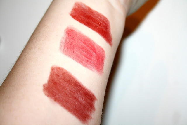 Burt's Bees Lipstick - The Lipstick that Loves you back!