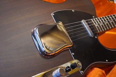 Fender ローズテレ ブリッジカバー