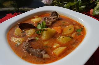 Яхния от телешко месо с картофи