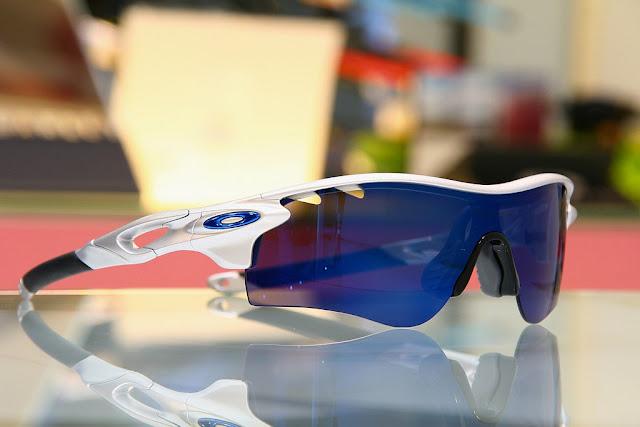 得恩堂眼鏡左營店: OAKLEY RADARLOCK PATH OO9181-03 太陽眼鏡 高雄得恩堂左營店 專業銷售店