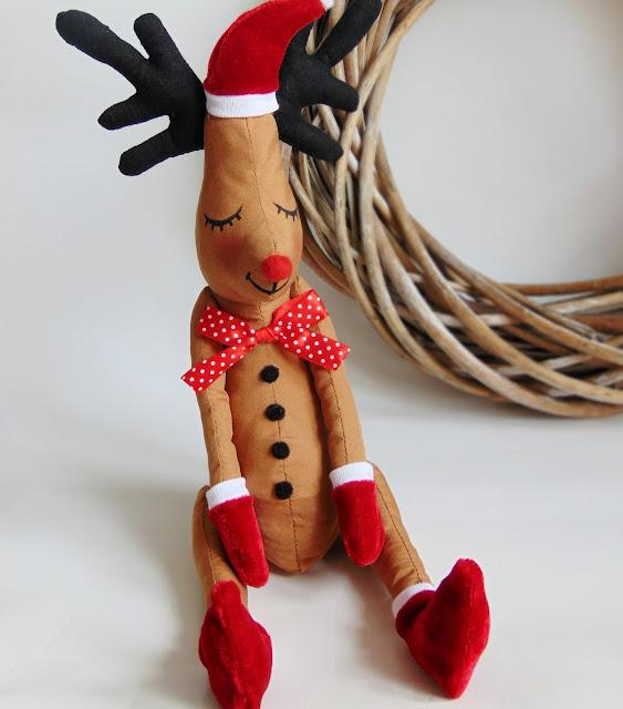 jak uszyć świąteczną maskotkę