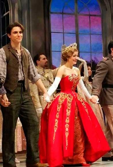 Dimitri e Anastasia no Musical