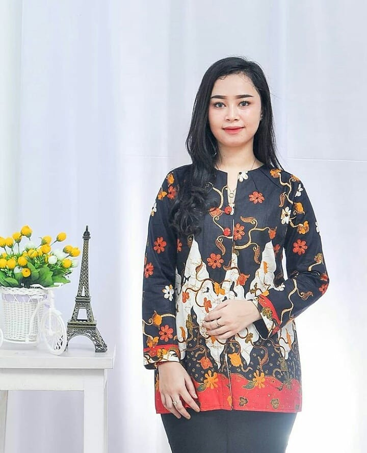 7f7b2ecea 48 Model Baju Batik Atasan Wanita Terbaru 2019 Model Baju Muslim