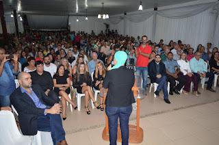 http://vnoticia.com.br/noticia/1468-francimara-presta-contas-a-populacao-de-120-dias-de-governo