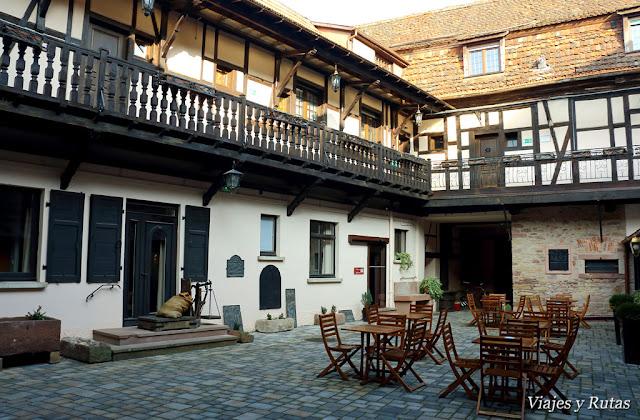 Hotel le Governeur, Obernai, Alsacia