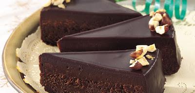 كيك فدج مع جليز الشوكولاتة