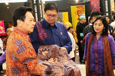 Dongkrak Daya Saing Batik dan Tenun Nusantara dengan Substitusi Impor