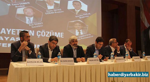 """DİYARBAKIR-Diyarbakır'da düzenlenen """"Vesayetten çözüme anayasa referandumu"""" panelinde yapılan konuşmalarda, Cumhurbaşkanlığı Hükümet Sistemi hakkında değerlendirmelerde bulunuldu."""